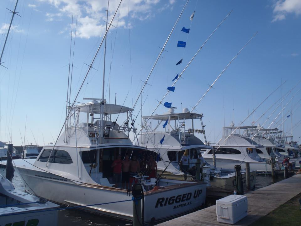 Outer banks nc sport charter fishing rigged up charters for Fishing charters outer banks